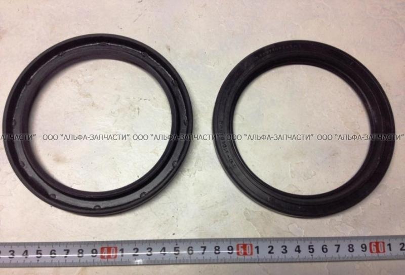 210-3104036 Сальник с пружиной (114x145) (черный)